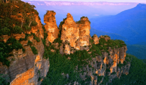 Destination Wedding Planning: Blue Mountains Photo Opp