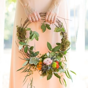 Bouquet Types: Flower Hoop Bouquet