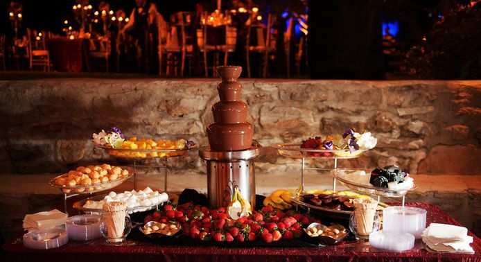 Chocolate Fondue - Chocolate Stations