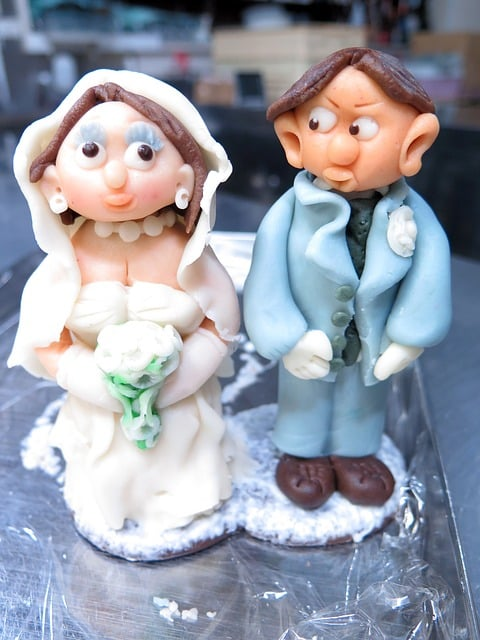Funny Wedding Cake Topper Marzipan Couple