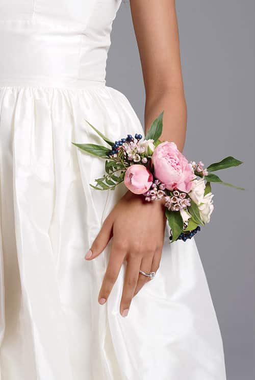 Alternatives to bouquet Corsage