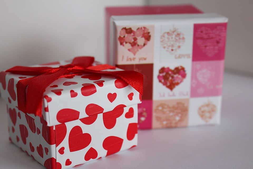 Wedding Gifts Gift Etiquette
