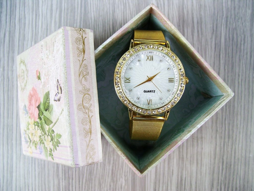 Wedding Anniversary Colours Gift: Gold Watch Gift