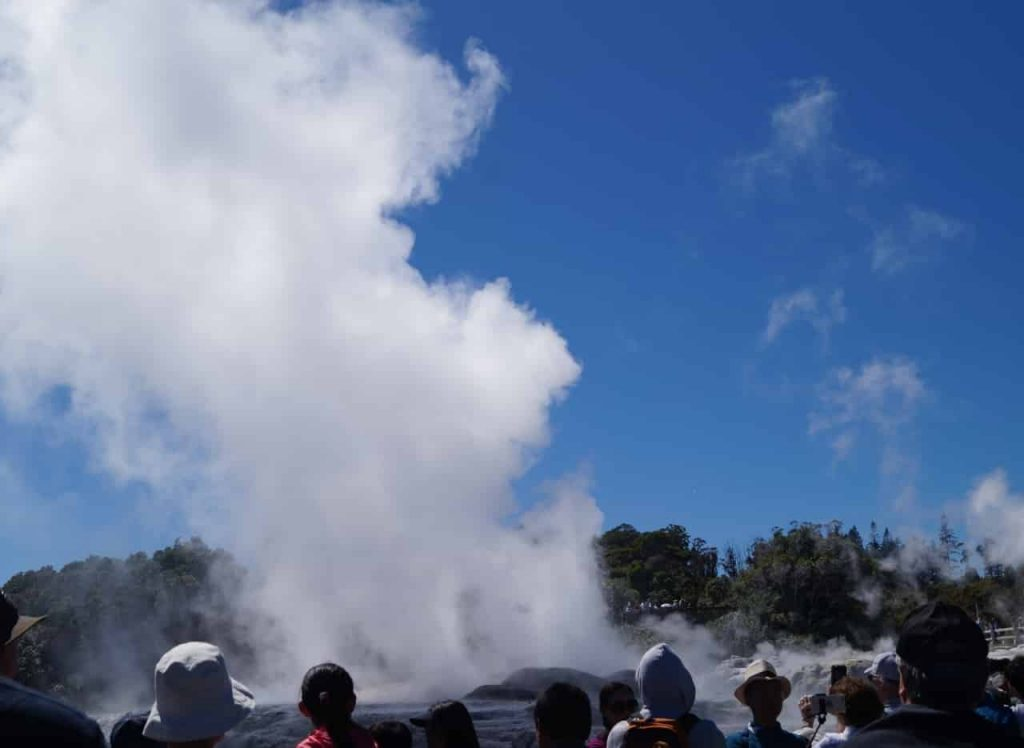 New Zealand Destination Weddings: Rotorua Geyser