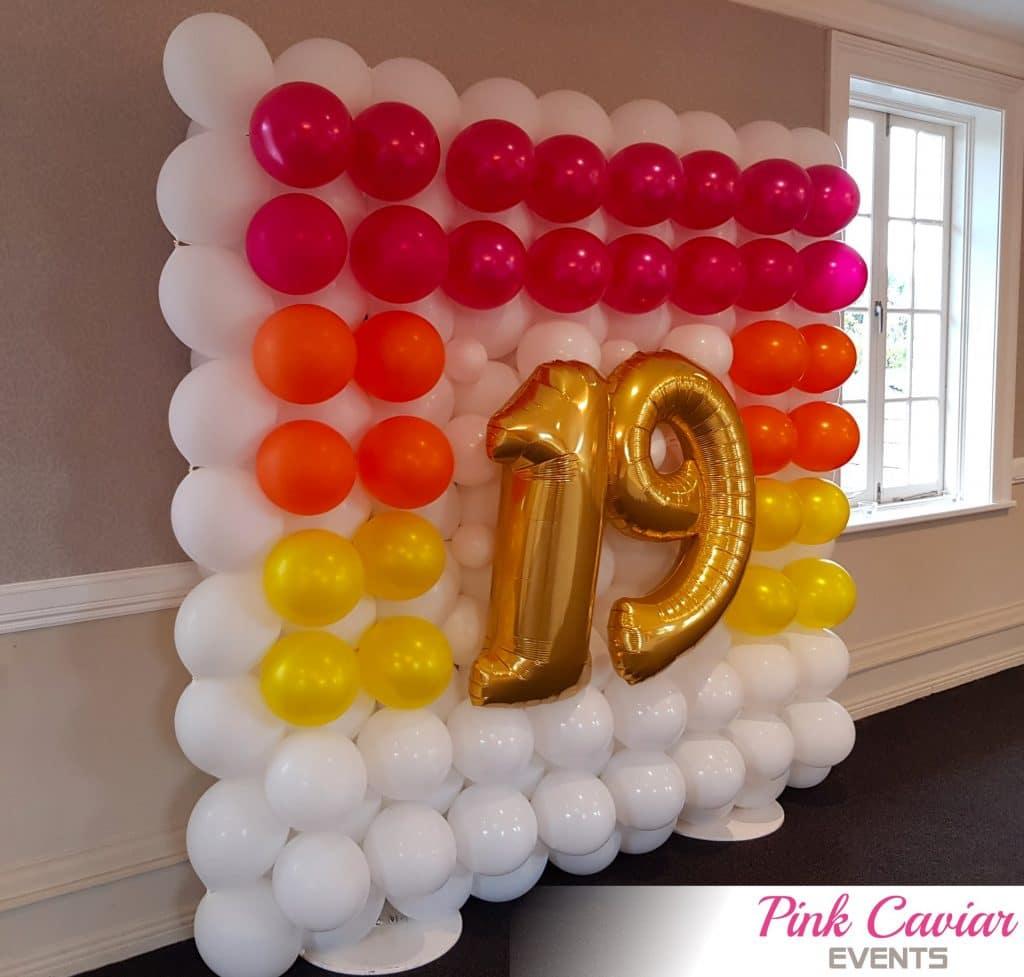 Surprise Birthday - Balloon Selfie Wall