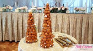 croquembouche wedding cake smash gold hammers WM CHECKED