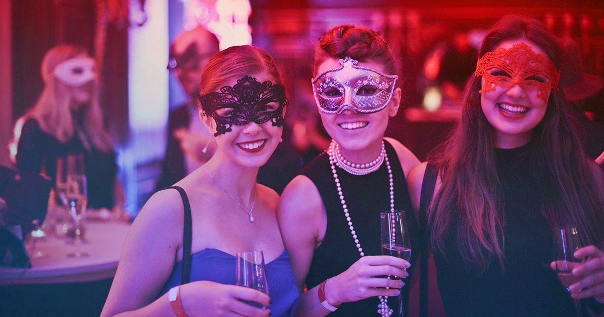 masquerade-ball-party-women-masks-pink-caviar-events