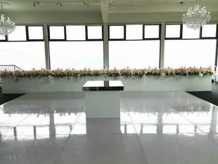 White Gloss Dance Floor Panorama House with Bridal Table