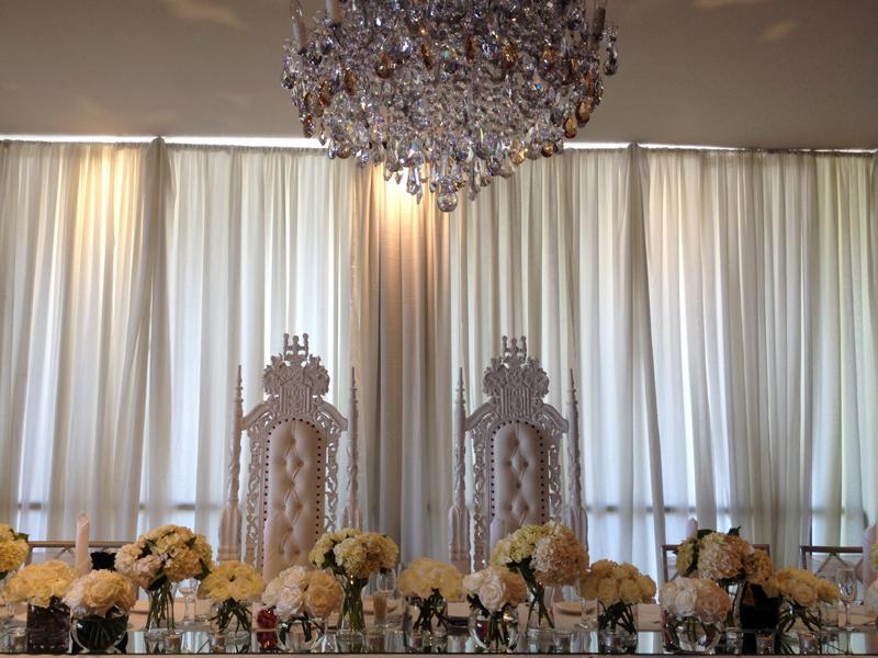 Bridal Thrones - Wedding Thrones - White Thrones - Elegant Regal Throne Event Hire