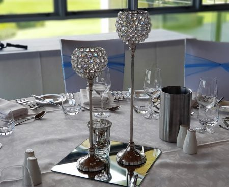crystal-centrepiece-golf-day-lunch-pink-caviar-events-1.jpg