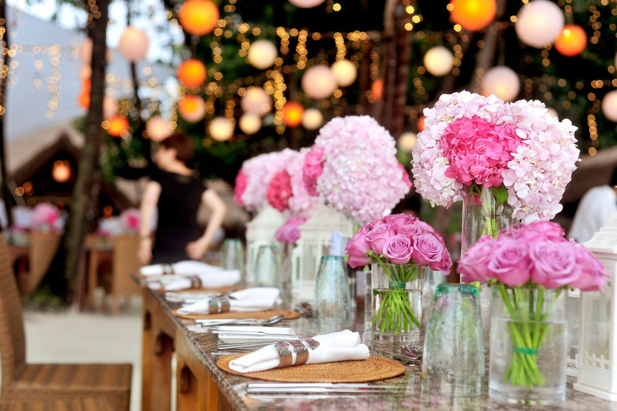 Event bump in set up flowers lights