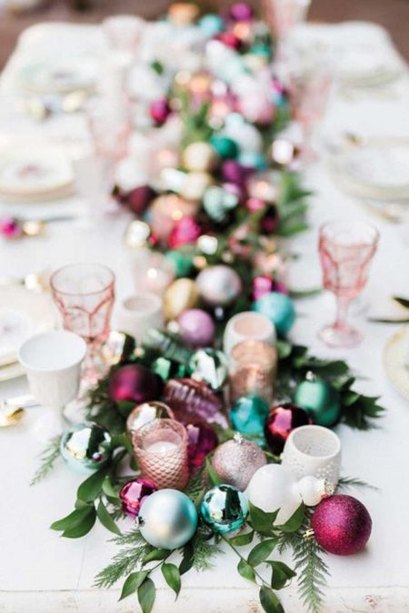 christmas baubles table setting centrepiece -pink, teal and gold